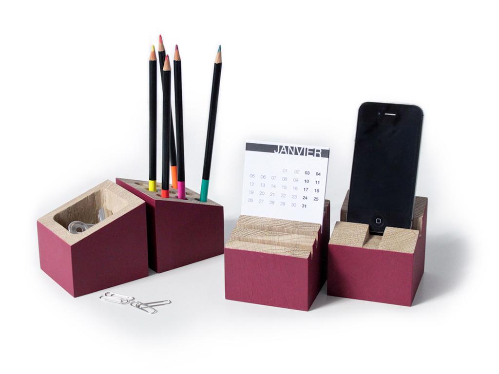 Design mobilier et produit fabrication sur mesure auto for Set de bureau fantaisie