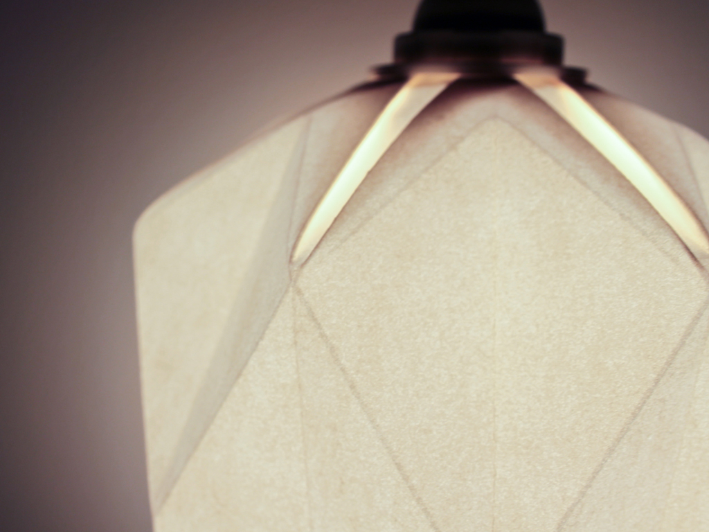 ROCK-lampe-origami---inoow-design-2015----light-on-003