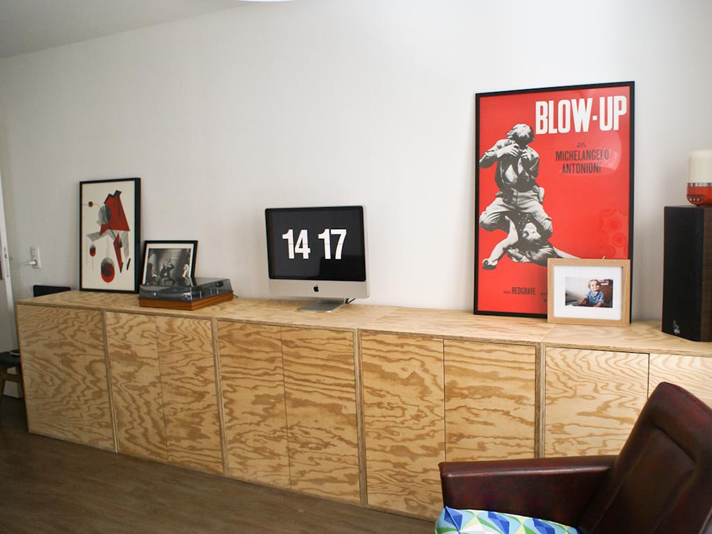 Bibliotheque Meubles De Rangement Bas Agence De Design Atelier De Fabrication Amenagement D Espace Sur Mesure Mobilier Et Decoration Particuliers Et Professionnels Boutique En Ligne Vitre
