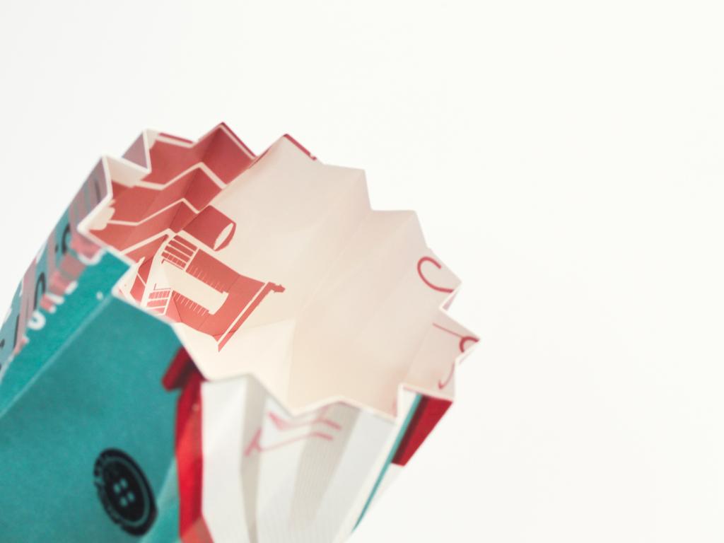 ROCK-lampe-origami---inoow-design-vs-dezzig---bescherelle-livre-004